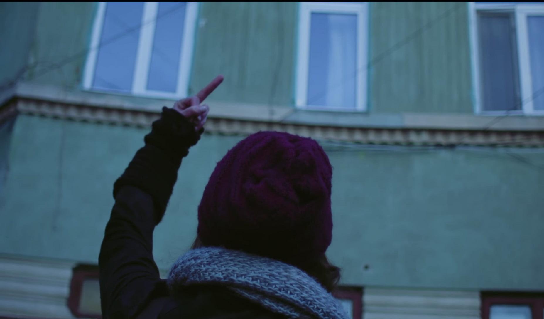 LOVE BUS: five love stories from Bucharest by Roxana Andrei, Mihai Mincan, Florin Babei, Constantin RaduVasile, Andrei Georgescu - CINEPUB